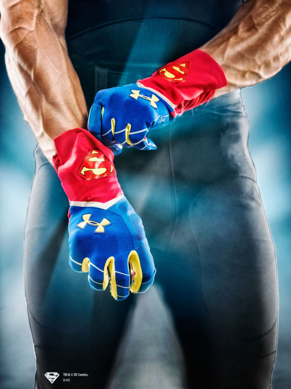 under-armour-alter-ego-highlight-gloves-09-570x760