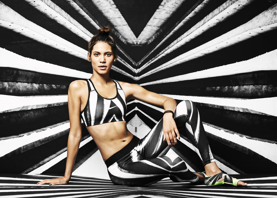 Strong Athletic Pulse // Nike Tight of the Moment by Flavio and Jayelle