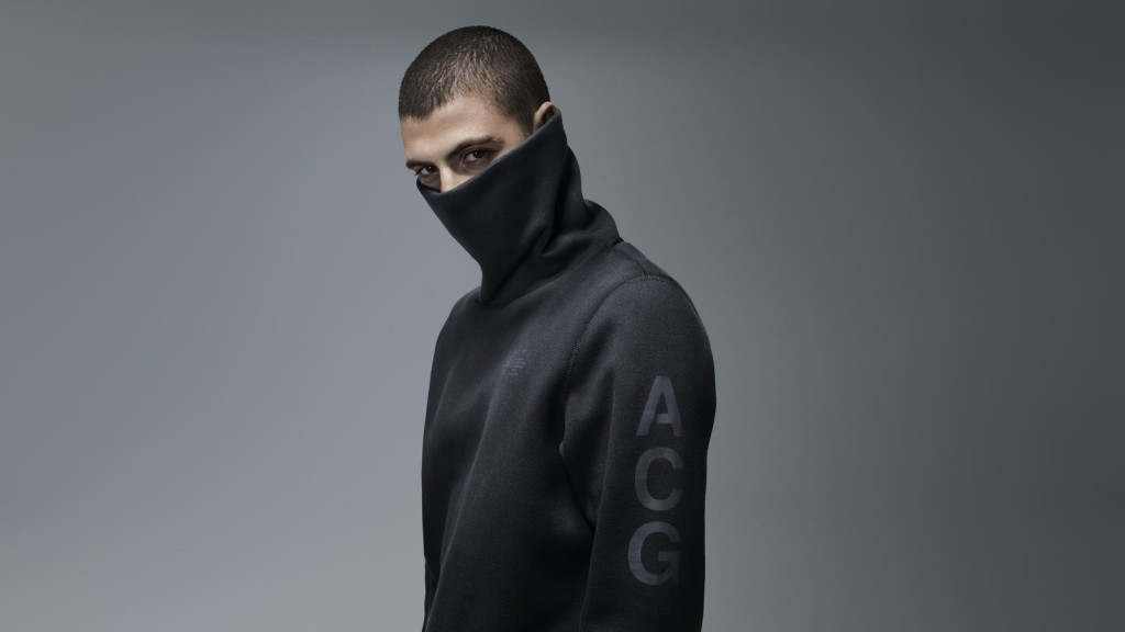 Nike_ACG_Funnel_Neck_2_native_1600